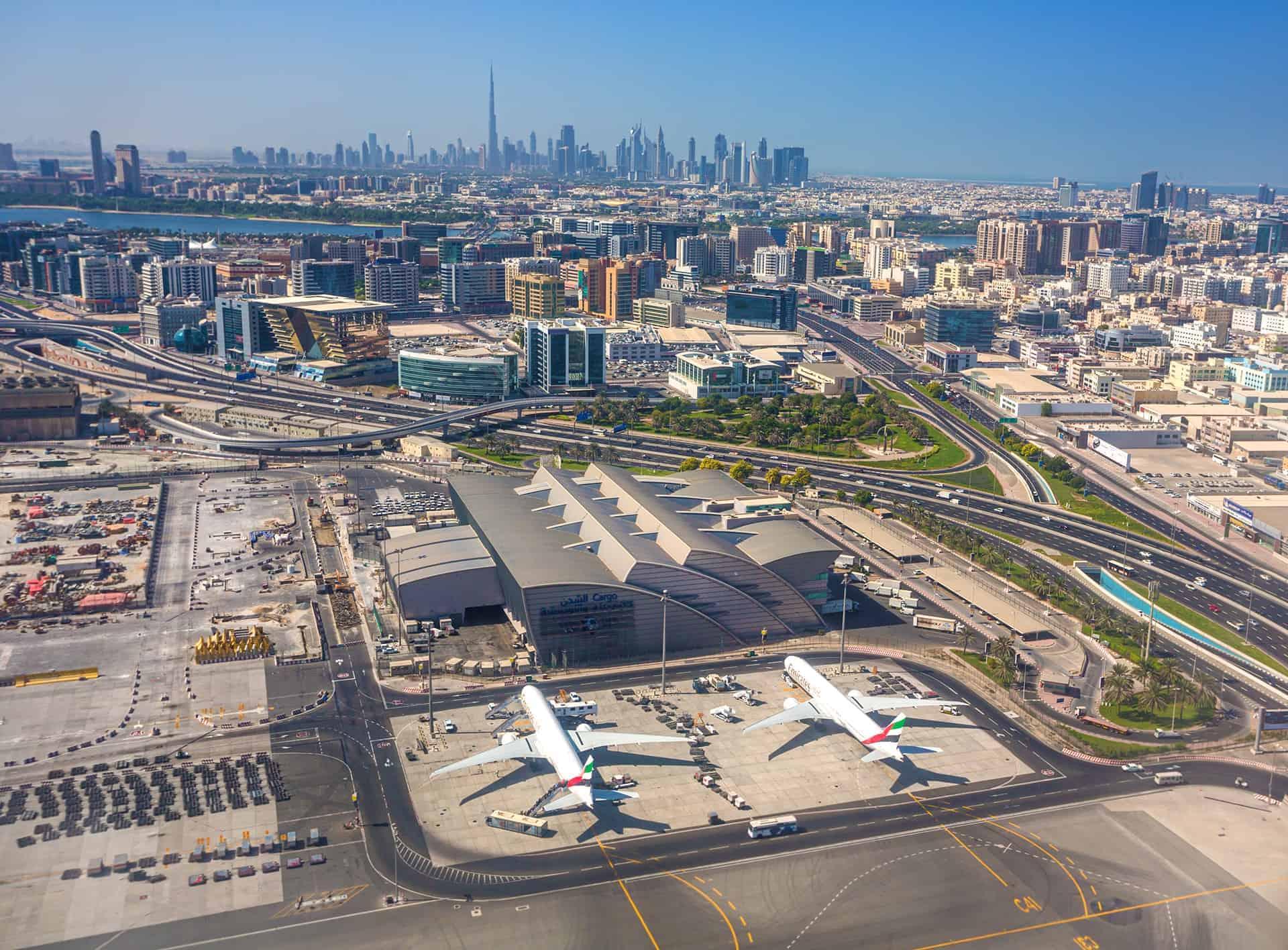 vue aerienne aeroport dubai