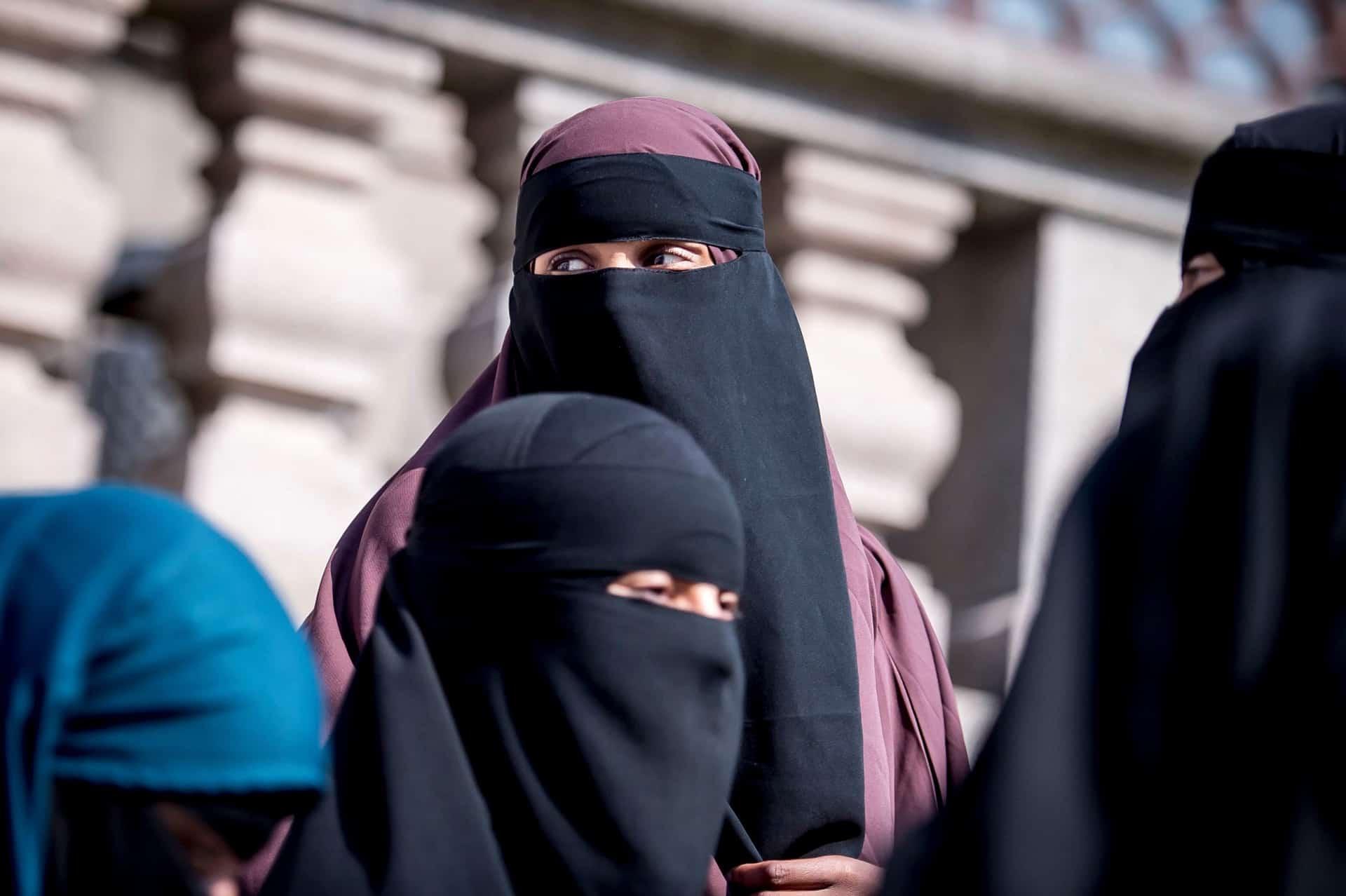 tenue traditionnelle burka